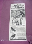 1940 Sunbeam Shavemaster Ad Has the Exclusive Head